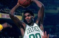 总是被压制的实力派!NBA历史上这5位巨星从未拿过一阵.jpg