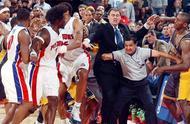 """回忆""""奥本山大乱斗"""",回忆那冲突无处不在的90年代NBA.jpg"""