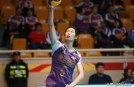 他和郎平是中国女排最成功的主教练!朱婷非常尊敬他.jpg