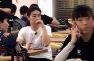 网友偶遇郭晶晶邓亚萍,两冠军现身平民餐馆,郭晶晶太接地气了.jpg